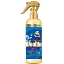 WOOLITE OSVIEŽOVAČ TKANÍN REVITALIZER BLUE PASSION 300 ML